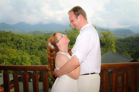 Gatlinburg Cabin Weddings